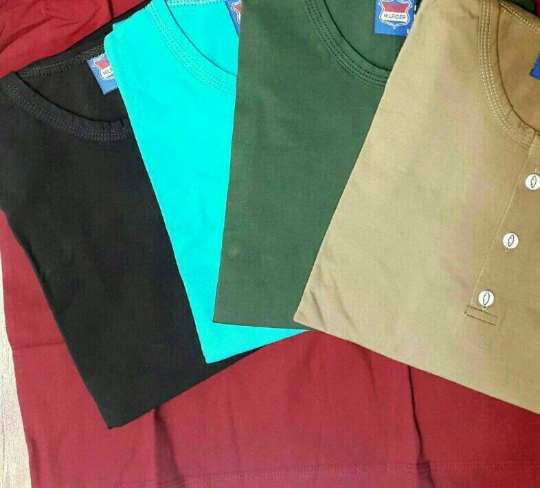 تیشرت سه دکمه مردانه در دسترس خریداران عمده